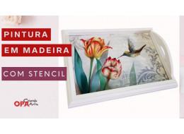 PINTURA EM MADEIRA C/ STENCIL TULIPAS E BEIJA-FLOR