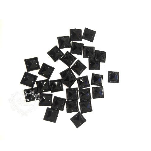 Chaton para Costura Quadrado com Borda 10x10mm - 5g - Preto